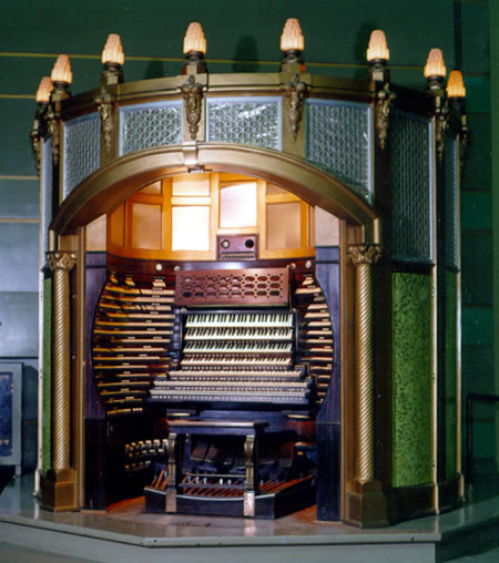 http://www.oddmusic.com/gallery/convention_hall_organ.jpg